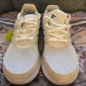 Adidas cloudfoam 8 women's white brand new